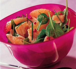 Recette salade de Truite aux pousses d'épinard et pamplemousse rose